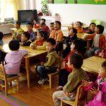 """幼儿园为鼓励孩子上学,设立""""全勤奖"""",感觉这招还挺好"""